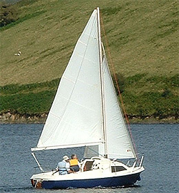 Skipper 17 yacht