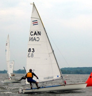contender sailing dinghy