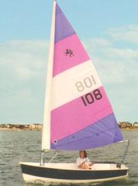 Foxer sailing dinghy