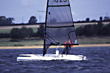 Laser vortex sailing dinghy