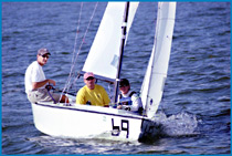 Lightening sailing dinghy