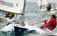 Splash sailing dinghy
