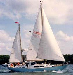 Nicholson 48 Yacht